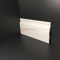 Лепнина Perimeter DP напольный плинтус с гладким профилем SB-120.016.00 * 240см